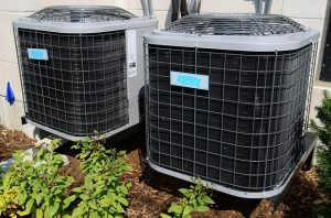 2 air conditioning units